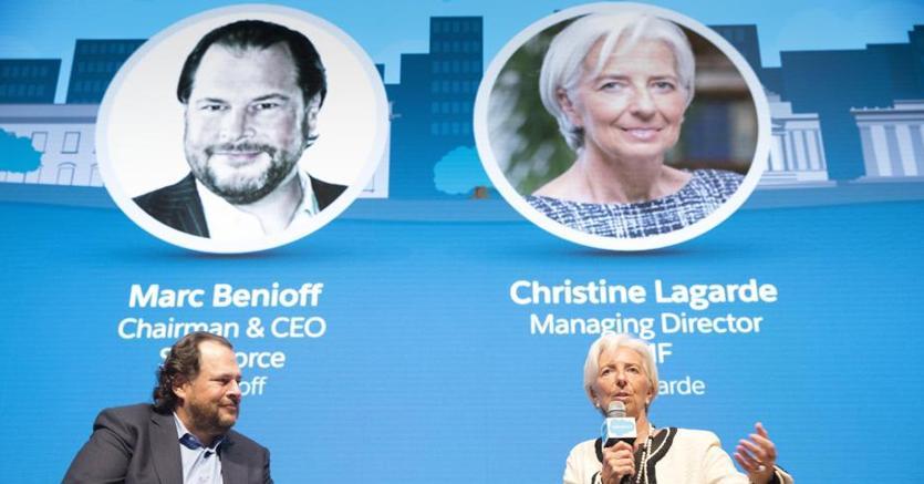 Il ceo di Salesforce, Marc Benioff con Christine Lagarde, direttore generale del Fmi